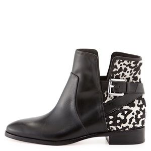 MICHAEL Michaels Kors Cow Ankle Leather Booties 7M